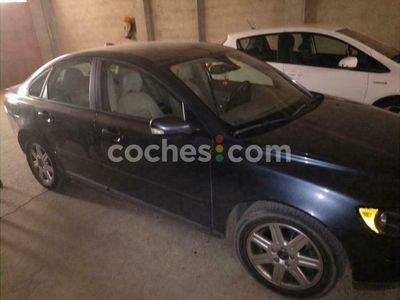 usado Volvo S40 2.0d Momentum 136 cv en Huesca