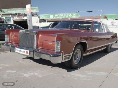 used Lincoln Town Car Coupé