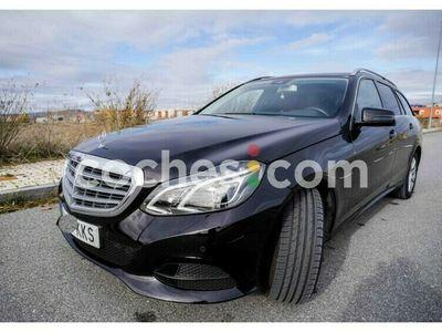 usado Mercedes 300 Clase E E EstateBt Hybrid 231 cv en Avila