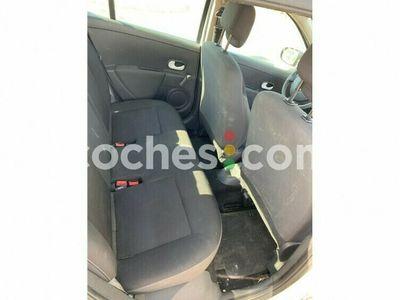 usado Renault Clio 1.2 Yahoo 75 cv en Alicante