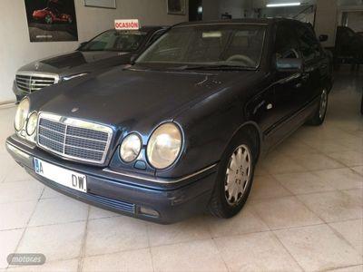 usado Mercedes E300 Clase EAVANTGARDE