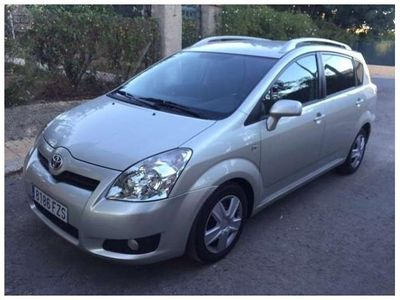 usado Toyota Corolla Verso 2.2d4d Sol