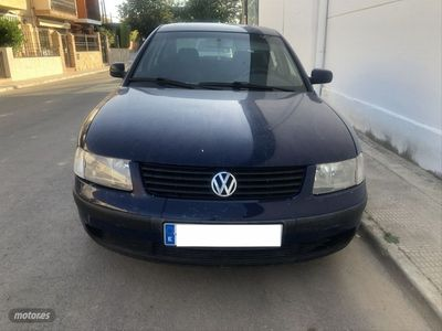 usado VW Passat 1.9 TDI CONCEPTLINE