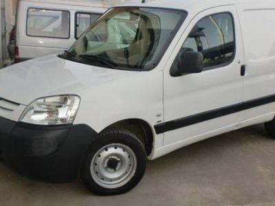 usado Peugeot Partner 2006 139000 KMs € 2600.00