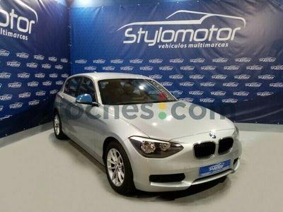 usado BMW 116 Serie 1 d Efficient Dynamics 116 cv en Sevilla