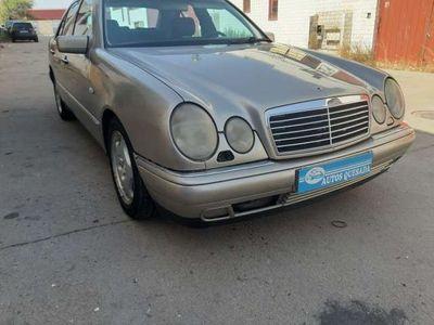 usado Mercedes E300 ClaseAvantgarde