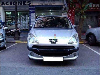 usado Peugeot 1007 1.4HDI Sport