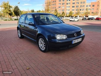 usado VW Golf 1.9 TDi Advance 100CV
