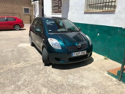 usado Toyota Yaris 1.3 VVT-i Sol