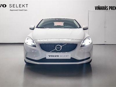 used Volvo V40 2.0 D3 Momentum