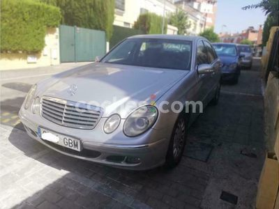 usado Mercedes E280 Clase ECdi 190 cv en Sevilla