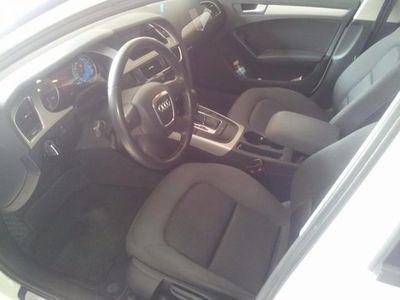 usado Audi A4 2.0 TDI 143cv multitronic DPF -11