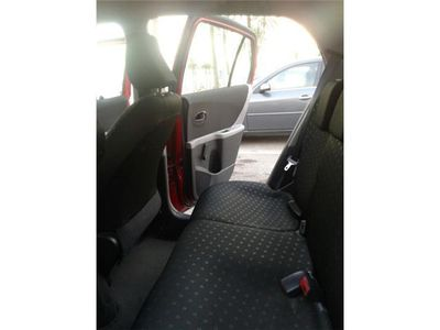 usado Toyota Yaris 1.4D-4D Rock in Rio