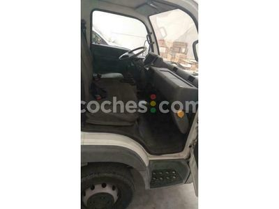 usado Nissan Cabstar Tl125. 35-2 125 cv en Zaragoza