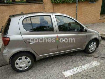 usado Toyota Yaris Verso 1.3 Luna + 84 cv en Madrid