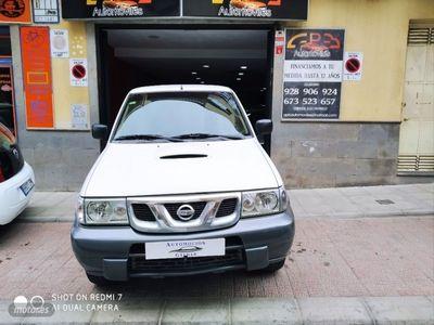 usado Nissan Terrano 2.7 TDi Comfort Plus 3p