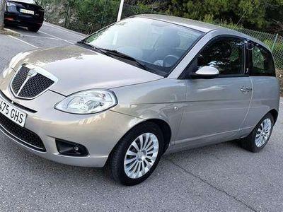 usado Lancia Ypsilon 1.2 8v Oro