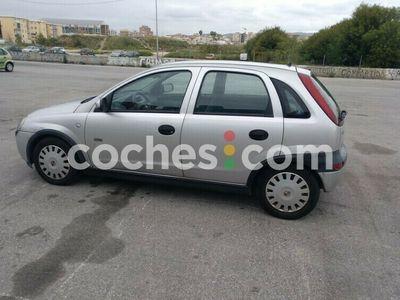 usado Opel Corsa 1.2 16v Sri 75 cv en Malaga