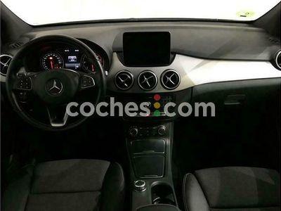 usado Mercedes B200 Clase B7g-dct 136 cv en Barcelona