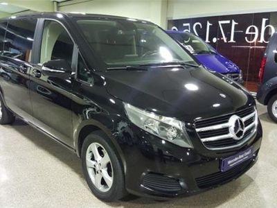 usado Mercedes V220 2016 20000 KM a € 32600.00 en buen estado
