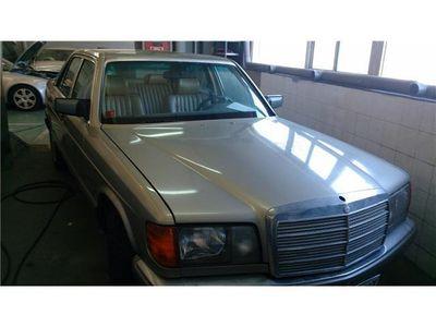 usado Mercedes 300 SE sedan 4 puertas .