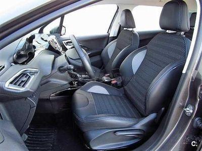usado Peugeot 2008 Allure 1.6 Bluehdi 100 5p. -16