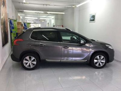 usado Peugeot 2008 1.6 e-HDI Allure