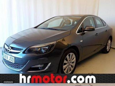 usado Opel Astra 1.6CDTi S/S Excellence 110