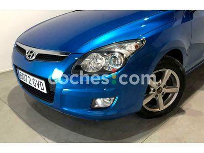 usado Hyundai i30 I301.6crdi Classic Gl 90 90 cv en Badajoz