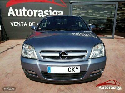 usado Opel Signum 3.0 V6 CDTi
