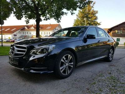 usado Mercedes E220 Avantgarde Plus 9G-Tronic