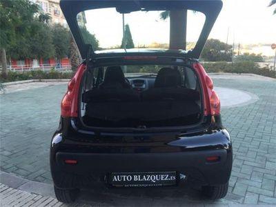 usado Peugeot 107 1.0i Urban, 68cv, 5p
