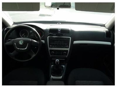 usado Skoda Octavia 1.6TDI CR Collection