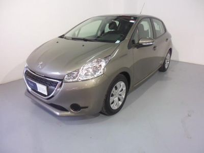 gebraucht Peugeot 208 5p Active 1.4 Hdi 68 5p. -12