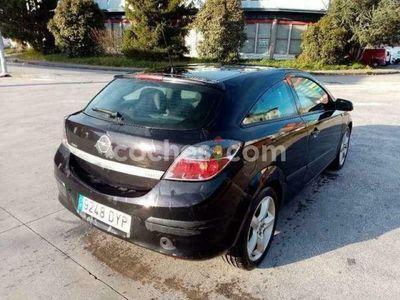 usado Opel Astra GTC 1.7cdti Sport 100 cv en Vizcaya