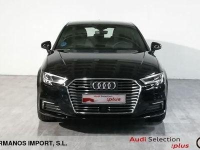 usado Audi A3 Sportback S line 40 e-tron 150 kW (204 CV) S tronic Híbrido Electro/Gasolina Negro matriculado el 01/2020