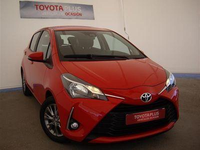 usado Toyota Yaris 1.0 Business 5P