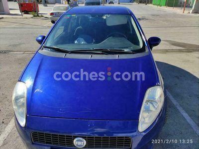 usado Fiat Grande Punto 1.4 Dynamic 77 cv en Valencia