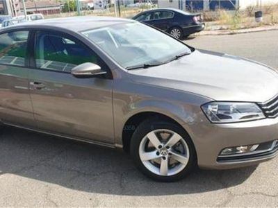 gebraucht VW Passat 1.6 TDI 105cv Edition BlueMotion Tech