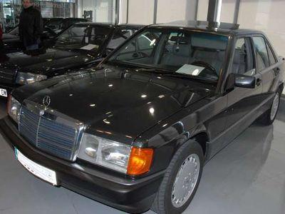 usado Mercedes 190 en la descripción
