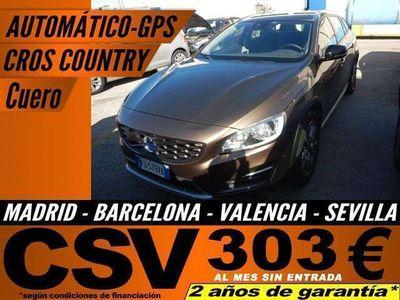usado Volvo V60 CC D3 Kinetic Aut.