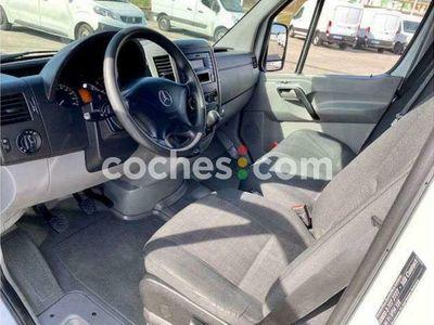 usado Mercedes Sprinter Furgón 314cdi Largo T.e 143 cv en Barcelona
