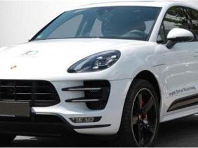 brugt Porsche Macan Turbo con paquete Performance
