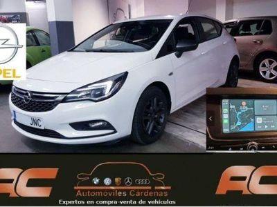usado Opel Astra 1.6 CDTI 110CV BUSINES CAR PLAY-PANTALLA TACTIL-SENSOR LUCES Y LLUVIA-CLIMA