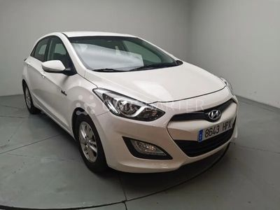usado Hyundai i30 1.6 GDi BlueDrive Tecno S 99 kW (135 CV)