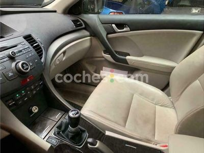 usado Honda Accord 2.4i-vtec Executive 201 cv en Tenerife
