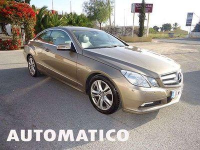 usado Mercedes E220 Coupé CDI BE Aut. en EXCELENTE ESTADO!!!