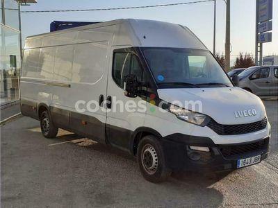 usado Iveco Daily Furgón 35s13 V 3520 H1 9.0 126 126 cv en Teruel