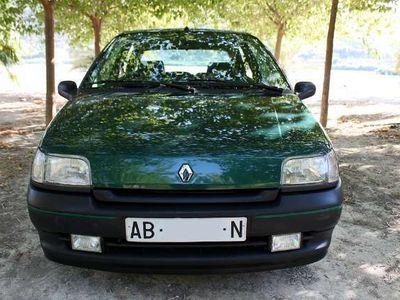 usado Renault Clio 1.4 S
