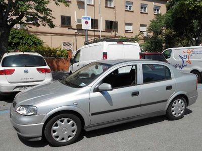 usado Opel Astra 1.6 8v Club